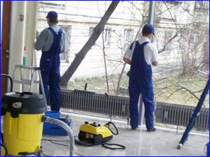 Уборка офисного помещения при помощи клининговой компании